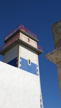 Carreaux blanc et bleu pour le phare